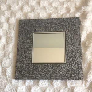 🔥🔥$5 ADD ON🔥🔥 deco mirror